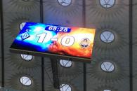 423177