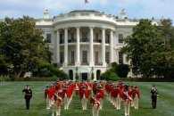 Не Білий дім, а Межигір'я. Як чудили американські президенти