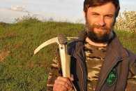 Священик-місіонер про волонтерство на Донбасі, примирення конфесій на фронті та підпілля патріотів