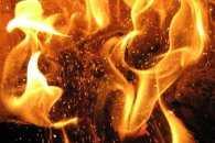 На Тернопільщині попеклись вогнем двоє людей