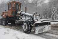 Майже чотири сотні аварійних бригад готові до ліквідації негоди на Хмельниччині
