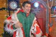 Зіркові вінничани розважатимуть малечу в резиденції Діда Мороза