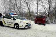 На Полтавщині угонщик вилетів в кювет на краденій автівці