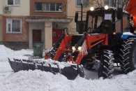 З вулиць Миколаєва планують вивозити снігові кучугури