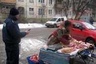 """У Полтаві поліцейські """"атакували"""" вуличних продавців"""
