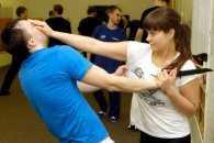 У Дніпрі жінок навчать кулаками захищатися від домашнього насилля