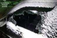 У Дніпрі чоловік проник у чужу автівку і заснув