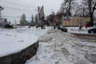 У Миколаєві почали вивозити сніг