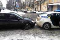 На Полтавщині сталася ДТП за участю патрульної автівки Prius