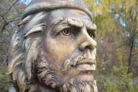 Перший в Європі пам'ятник революціонеру Че Геварі причаївся у Вінниці