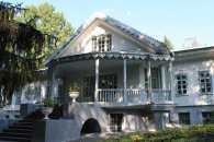 Вінничанин вимагає безкоштовного входу на територію музею-садиби Пирогова