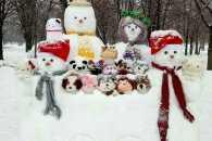 Як полтавці прикрасили місто сніговими скульптурами (ФОТО 18+)