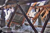 На Харківщині в будинку обвалився дах: людей евакуювали
