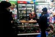 Полтаву перевіряють на продаж алкоголю та цигарок неповнолітнім