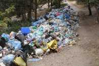 На Кубані діюче кладовище перетворили на смітник (ФОТО)