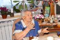 Життєрадісна бабуся, яка прожила в Сумах 100 років, відсвяткувала ювілей