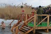 У селі на Донеччині широко відзначили Хрещення (ВІДЕО)