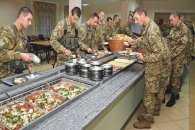 """Солдатську кухню торкнулися """"смачні"""" реформи"""