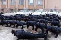 Миколаївські патрульні віджались на плацу