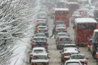 Через заметіль столичні водії застрягли у багатокілометрових заторах
