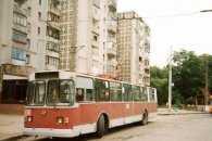 Вінничанка за кермом тролейбуса збила п'яного пішохода