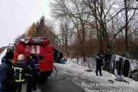 На Тернопільщині перекинувся автобус. Постраждали 12 людей
