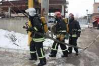 У Кропивницьку рятувальники побороли умовне загорання на підприємстві
