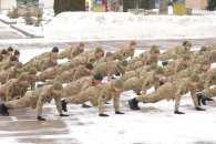 Курсанти-прикордонники в Хмельницькому також віджималися (ФОТО, ВІДЕО)
