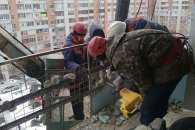 Рятувальники закінчують розбирати завали на Металургів