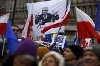 Веселі сусіди. Польща вирішила стати іконою українських популістів