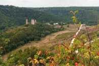 Жура над Джурином: Про що мовчать білі вежі Червоного
