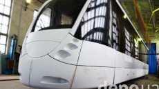 """Як у Вінниці роблять власні трамваї з дизайном від тюнингувальників """"Феррарі"""""""