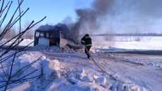 На Полтавщині згорів мікроавтобус