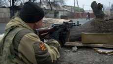 На Луганщині бойовики вбили мирного жителя та обстріляли поліцейських