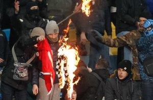 Як фанати добивають і без того напівмертвий український футбол