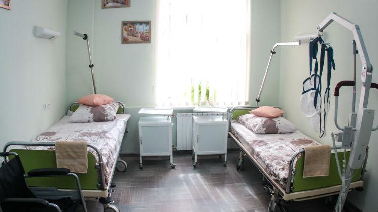Дома престарелых в кременчуге меналинд серия средств по уходу за лежачими больными
