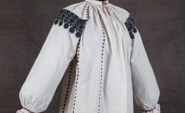 Вінницькі вишивальниці – рекордсменки з використання чорних ниток ... b0d13052cc184