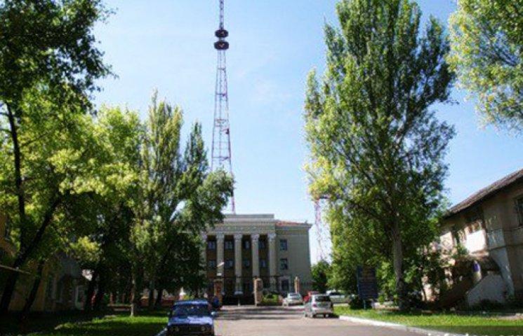 Турчинов поручил охранять журналистов и телевышки на Донбассе