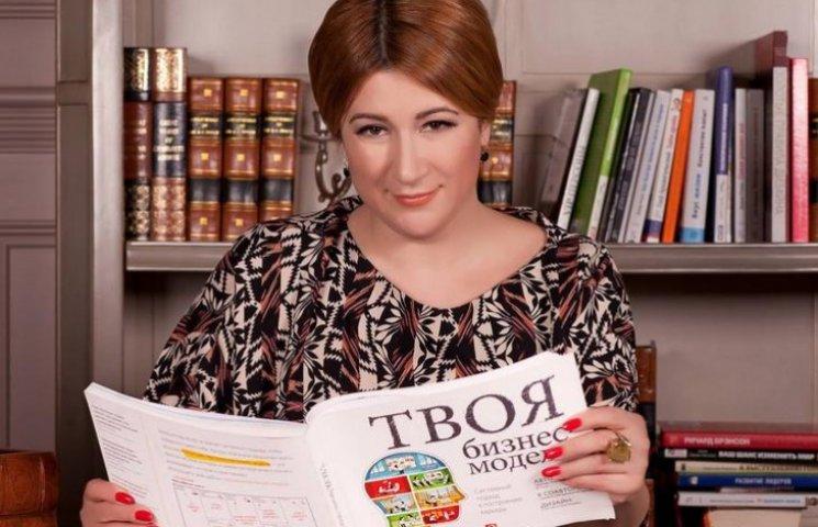 Маргарита Сичкарь агитирует за Ольгу Богомолец