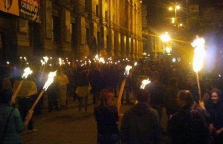 Факельный марш в центре Киева закончился массовой дракой