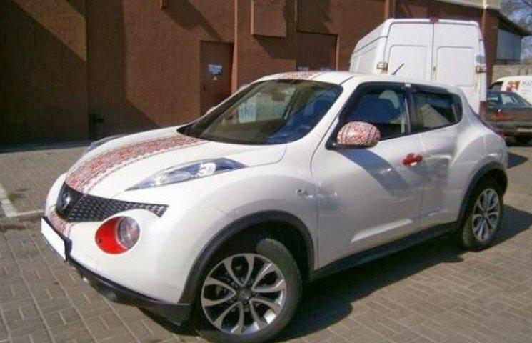 В Киеве набирает мода на патриотический тюнинг авто