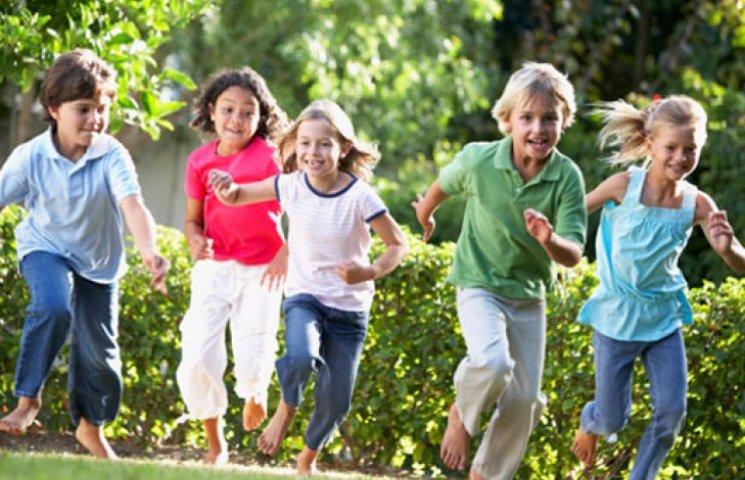 Игры для детей на улице: ТОП-5 идей