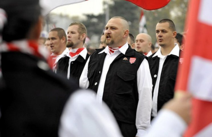 """Чи створять угорці на Закарпатті  """"йоббіцьку"""" народну республіку"""