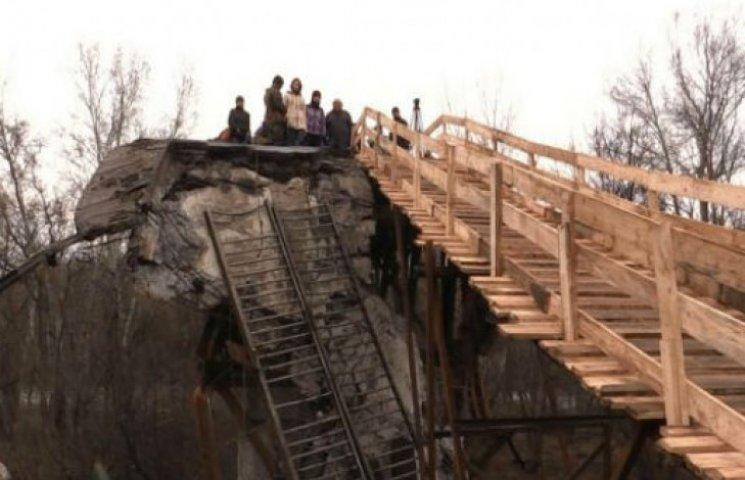 У Станиці вимагають від військових не пускати луганчан в селище: вони скупили всі продукти