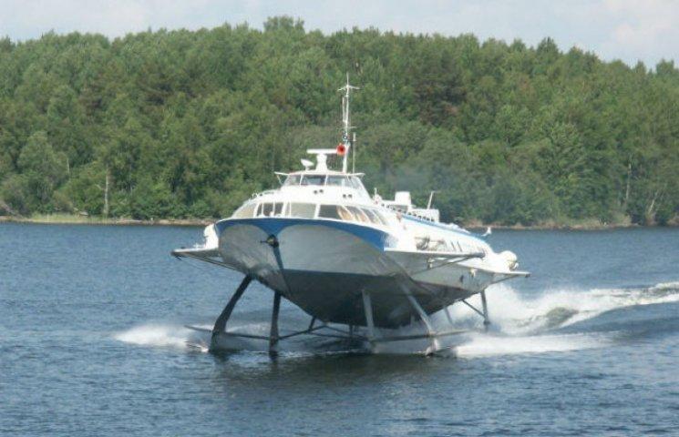 Кияни на водній маршрутці їздитимуть до Дніпропетровська