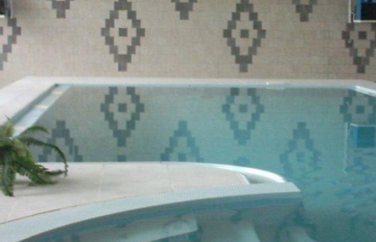 У Закарпатській обласній дитячій лікарні знову запрацювали басейни (ВІДЕО)
