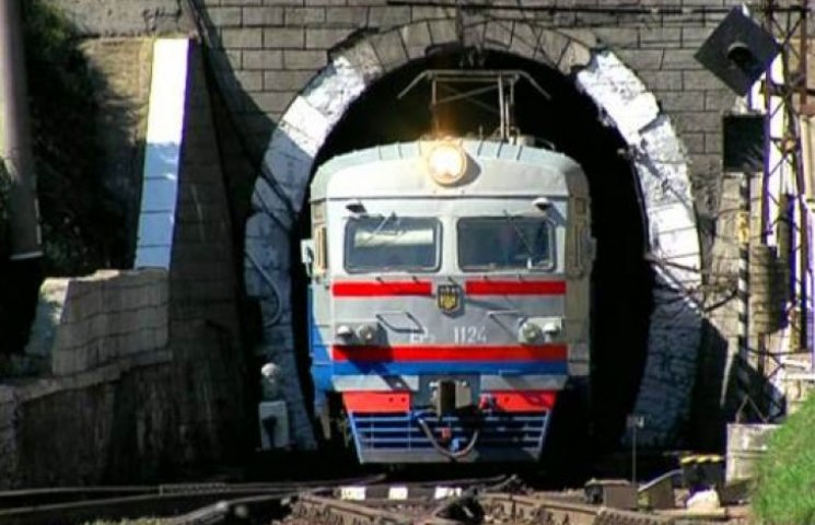 Збудовано вже понад кілометр Бескидського тунелю (ВІДЕО)