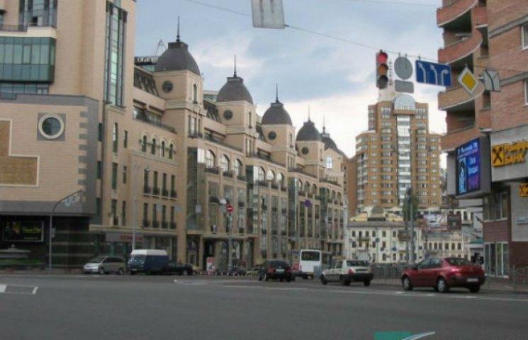 З центральної вулиці Києва зникла реклама (ФОТО)