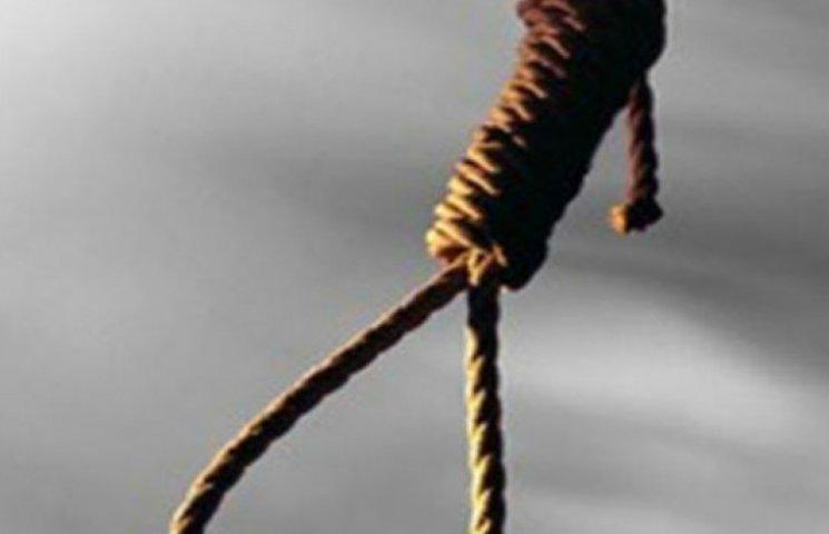 Набридло жити: на Сумщині зафіксували вісім суїцидів за один тиждень