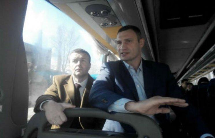 Головний дорожник Києва товаришує з людьми Януковича і слухає шансон